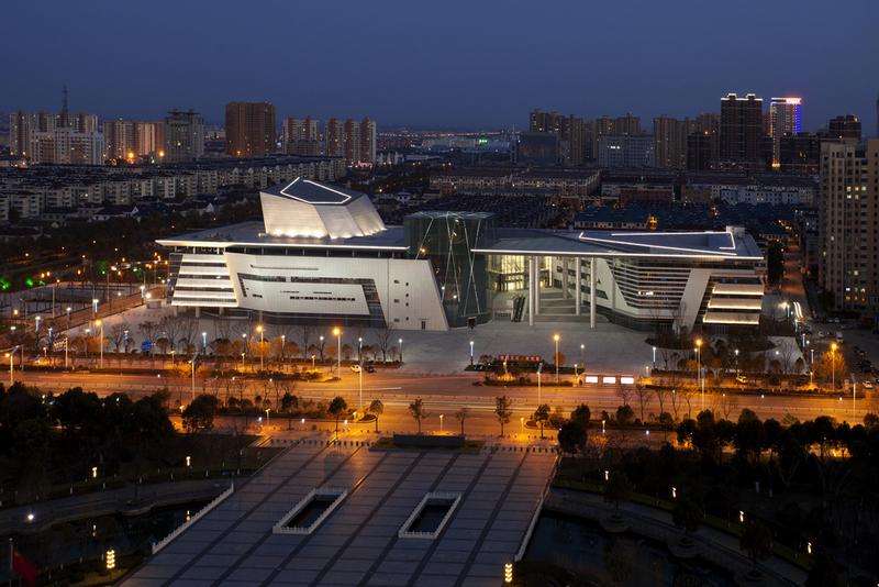 鲁班奖--海安县文化艺术中心